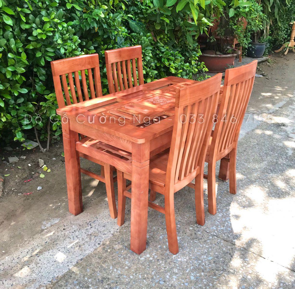 bàn ăn 4 ghế gỗ sồi nga mẫu dàn che