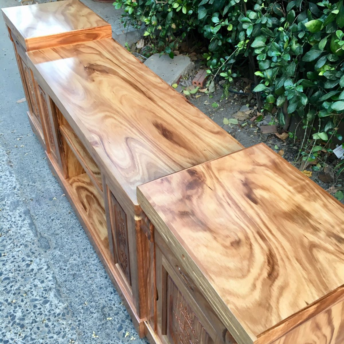 kệ tivi gỗ hương xám