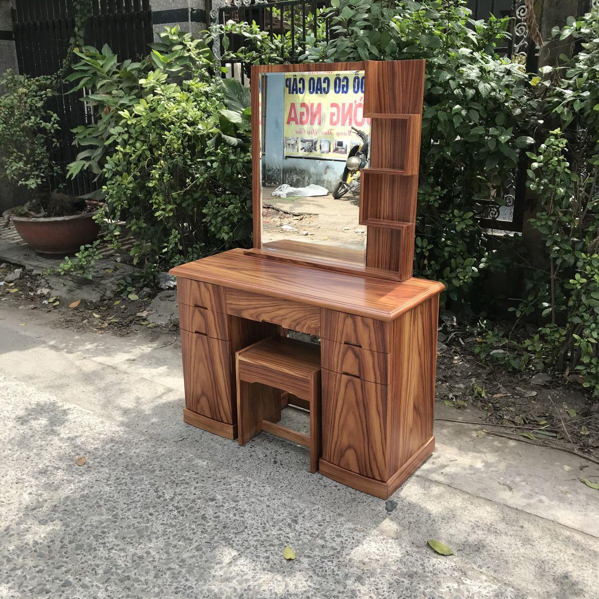 bàn trang điểm gỗ tự nhiên